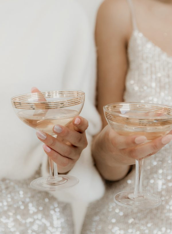 3 Sneaky Ways To Reduce Your Wedding Bar Tab